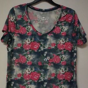 Poof! Floral Top 2X Short Sleeve